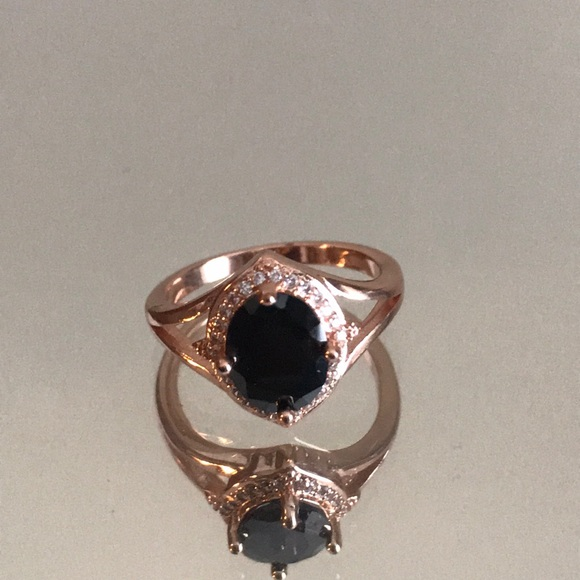 Fragrant Jewels Jewelry - Rose gold and onyx halo ring